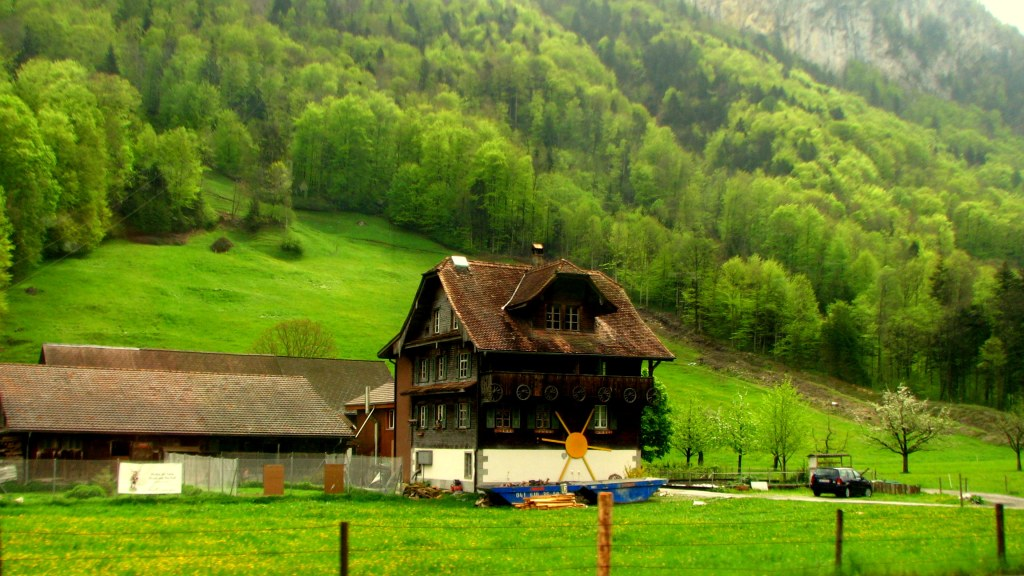 Country Homes in Swiss