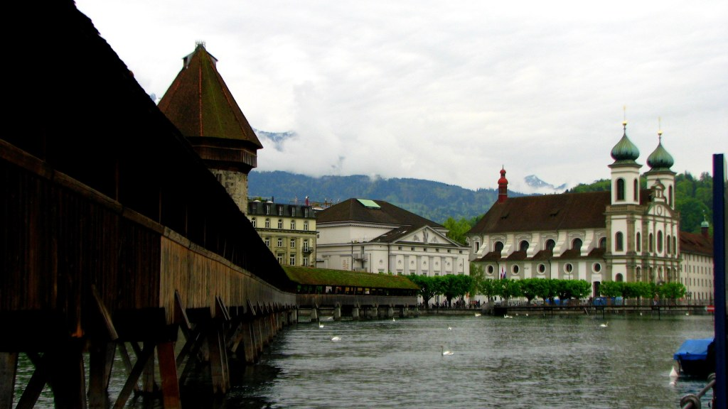 Chapel Bridge, Lucerne, Switzerland, River Reuss